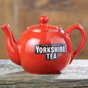 TAYLORS OF HARROGATE YORKSHIRE TEA POT
